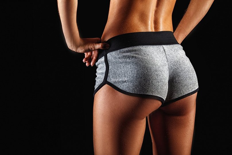 Exercise and proper nutrition for beautiful buttocks