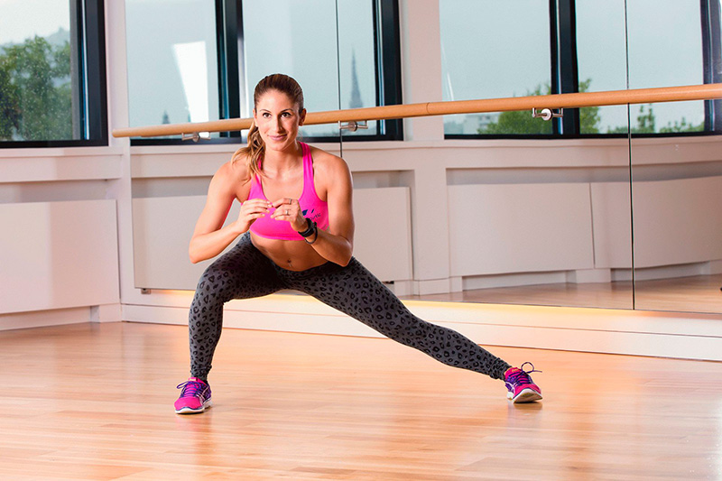 Lunge with turn and tilt