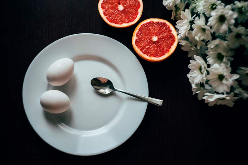 grapefruit and eggs